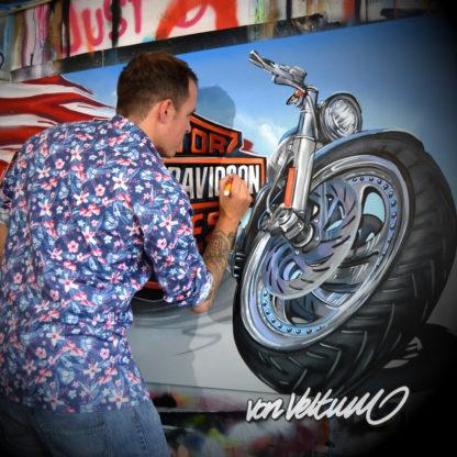 beni veltum, artist, in action, working artist